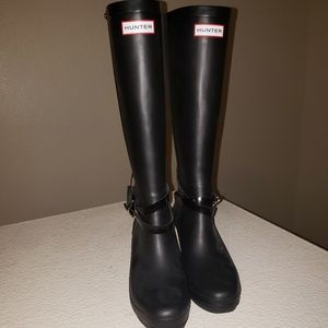 Hunter Shoes - Hunter knee high sz 8 wedge rain boots